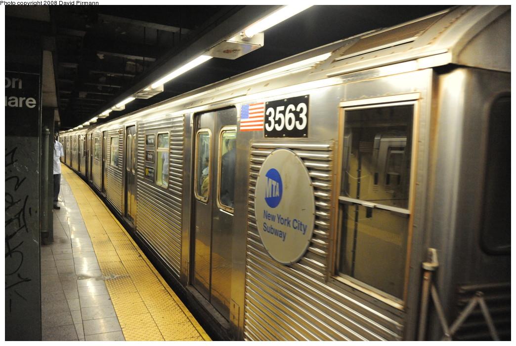 (272k, 1044x701)<br><b>Country:</b> United States<br><b>City:</b> New York<br><b>System:</b> New York City Transit<br><b>Line:</b> BMT Broadway Line<br><b>Location:</b> 14th Street/Union Square <br><b>Route:</b> R<br><b>Car:</b> R-32 (Budd, 1964)  3563 <br><b>Photo by:</b> David Pirmann<br><b>Date:</b> 8/21/2008<br><b>Viewed (this week/total):</b> 3 / 2298