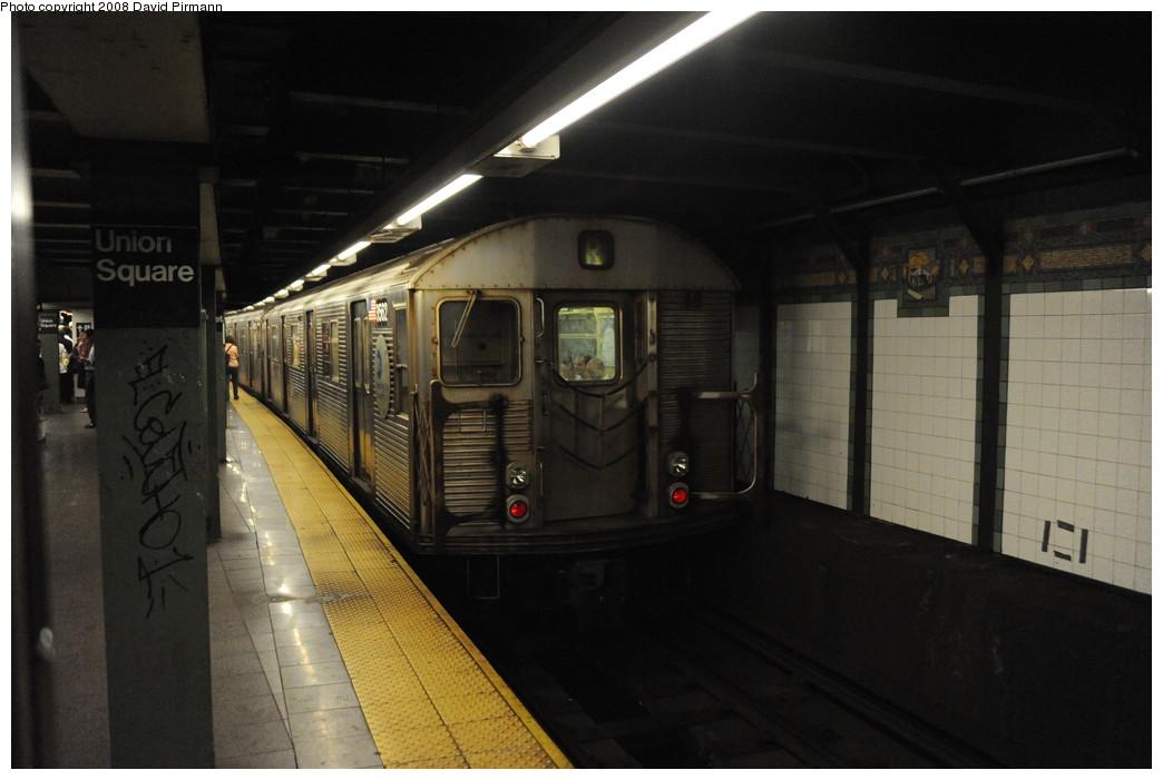 (209k, 1044x701)<br><b>Country:</b> United States<br><b>City:</b> New York<br><b>System:</b> New York City Transit<br><b>Line:</b> BMT Broadway Line<br><b>Location:</b> 14th Street/Union Square <br><b>Route:</b> R<br><b>Car:</b> R-32 (Budd, 1964)  3562 <br><b>Photo by:</b> David Pirmann<br><b>Date:</b> 8/21/2008<br><b>Viewed (this week/total):</b> 1 / 2628