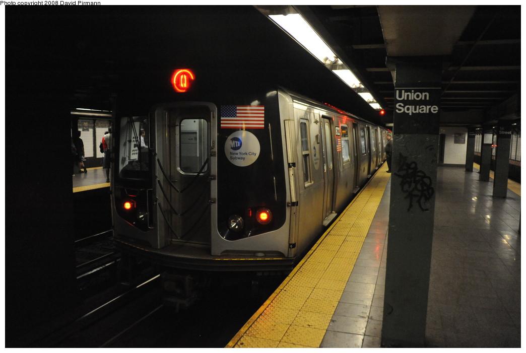 (208k, 1044x701)<br><b>Country:</b> United States<br><b>City:</b> New York<br><b>System:</b> New York City Transit<br><b>Line:</b> BMT Broadway Line<br><b>Location:</b> 14th Street/Union Square <br><b>Route:</b> Q<br><b>Car:</b> R-160B (Kawasaki, 2005-2008)  8722 <br><b>Photo by:</b> David Pirmann<br><b>Date:</b> 8/21/2008<br><b>Viewed (this week/total):</b> 1 / 3004