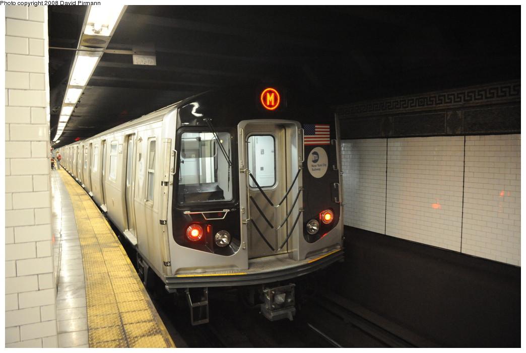 (218k, 1044x701)<br><b>Country:</b> United States<br><b>City:</b> New York<br><b>System:</b> New York City Transit<br><b>Line:</b> BMT Nassau Street/Jamaica Line<br><b>Location:</b> Canal Street <br><b>Route:</b> M<br><b>Car:</b> R-160A-1 (Alstom, 2005-2008, 4 car sets)   <br><b>Photo by:</b> David Pirmann<br><b>Date:</b> 8/21/2008<br><b>Viewed (this week/total):</b> 1 / 2203
