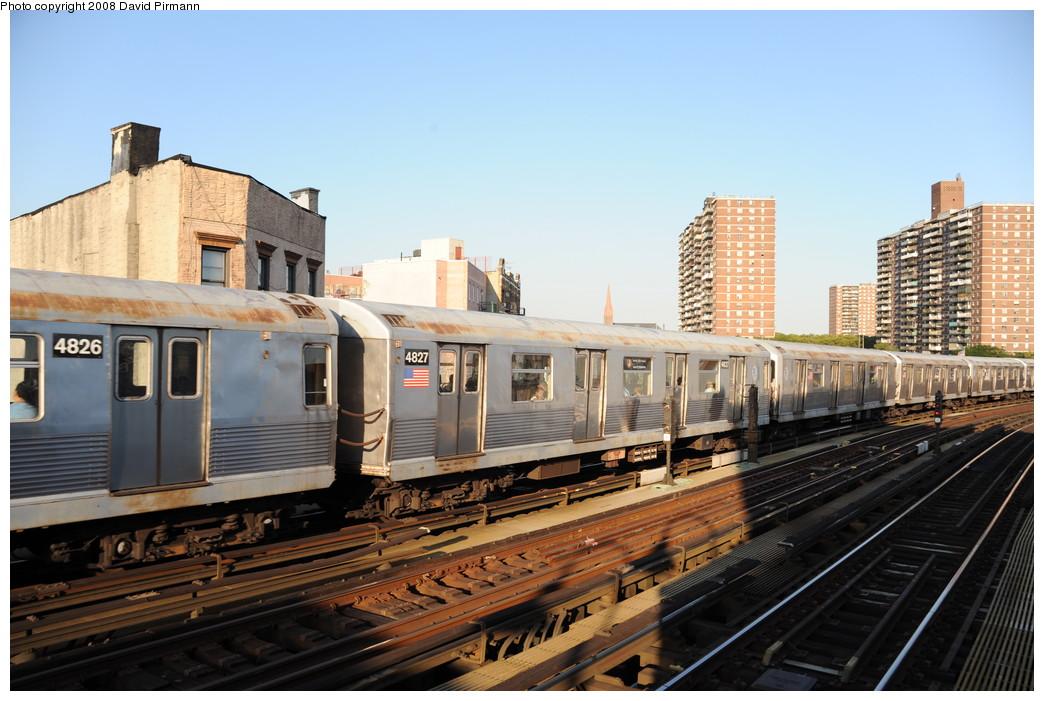 (258k, 1044x701)<br><b>Country:</b> United States<br><b>City:</b> New York<br><b>System:</b> New York City Transit<br><b>Line:</b> BMT Nassau Street/Jamaica Line<br><b>Location:</b> Hewes Street <br><b>Route:</b> J<br><b>Car:</b> R-42 (St. Louis, 1969-1970)  4827 <br><b>Photo by:</b> David Pirmann<br><b>Date:</b> 8/21/2008<br><b>Viewed (this week/total):</b> 0 / 1040