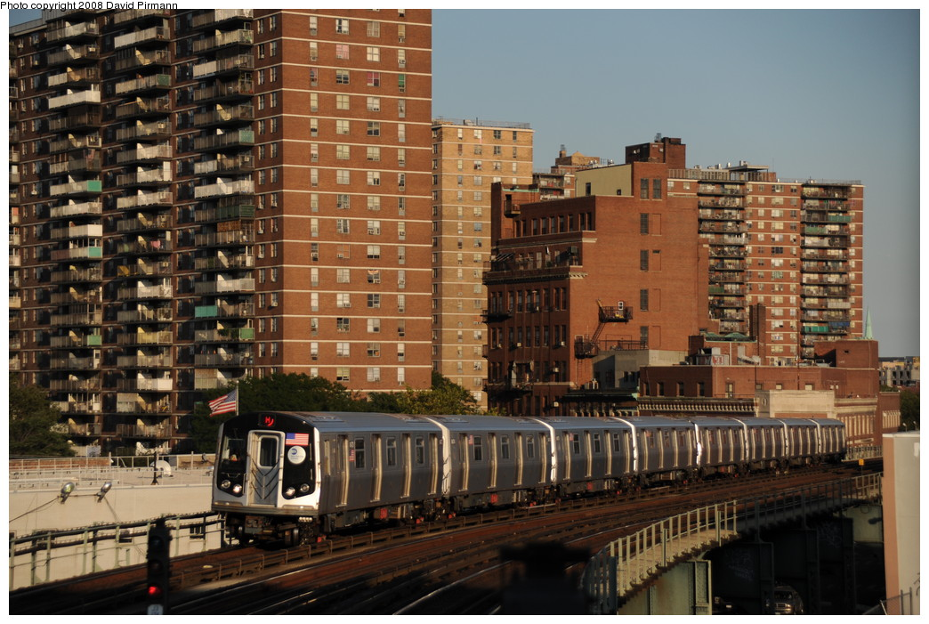 (296k, 1044x701)<br><b>Country:</b> United States<br><b>City:</b> New York<br><b>System:</b> New York City Transit<br><b>Line:</b> BMT Nassau Street/Jamaica Line<br><b>Location:</b> Hewes Street <br><b>Route:</b> M<br><b>Car:</b> R-160A-1 (Alstom, 2005-2008, 4 car sets)  8473 <br><b>Photo by:</b> David Pirmann<br><b>Date:</b> 8/21/2008<br><b>Viewed (this week/total):</b> 0 / 1334