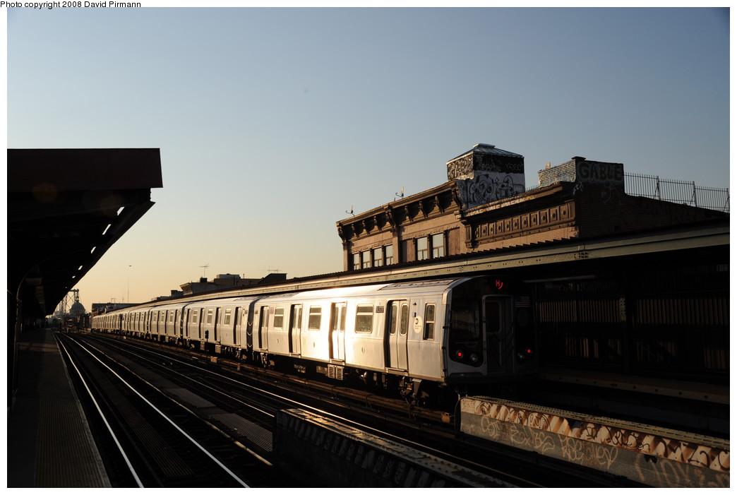 (202k, 1044x701)<br><b>Country:</b> United States<br><b>City:</b> New York<br><b>System:</b> New York City Transit<br><b>Line:</b> BMT Nassau Street/Jamaica Line<br><b>Location:</b> Hewes Street <br><b>Route:</b> M<br><b>Car:</b> R-160A-1 (Alstom, 2005-2008, 4 car sets)  8377 <br><b>Photo by:</b> David Pirmann<br><b>Date:</b> 8/21/2008<br><b>Viewed (this week/total):</b> 0 / 1392