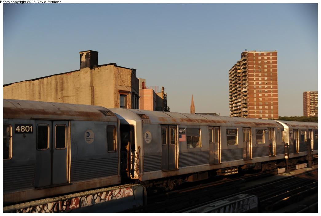 (206k, 1044x701)<br><b>Country:</b> United States<br><b>City:</b> New York<br><b>System:</b> New York City Transit<br><b>Line:</b> BMT Nassau Street/Jamaica Line<br><b>Location:</b> Hewes Street <br><b>Route:</b> J<br><b>Car:</b> R-42 (St. Louis, 1969-1970)  4751 <br><b>Photo by:</b> David Pirmann<br><b>Date:</b> 8/21/2008<br><b>Viewed (this week/total):</b> 0 / 868