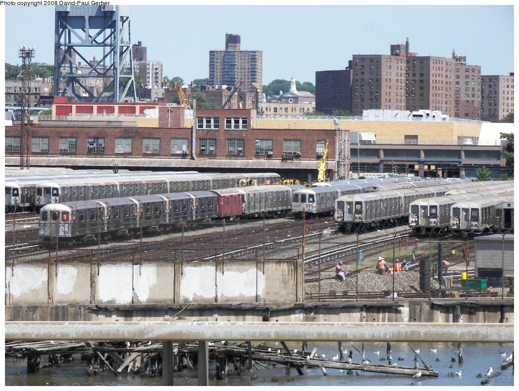 (340k, 1044x788)<br><b>Country:</b> United States<br><b>City:</b> New York<br><b>System:</b> New York City Transit<br><b>Location:</b> 207th Street Yard<br><b>Photo by:</b> David-Paul Gerber<br><b>Date:</b> 8/21/2008<br><b>Viewed (this week/total):</b> 3 / 1095