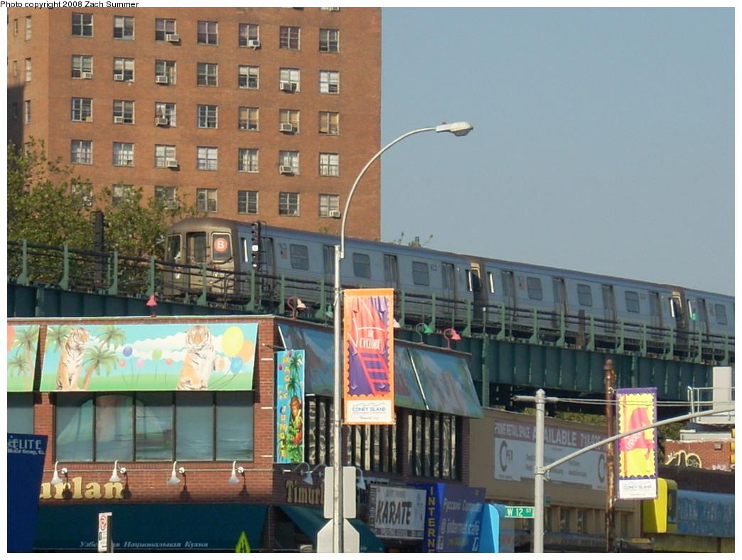 (250k, 1044x788)<br><b>Country:</b> United States<br><b>City:</b> New York<br><b>System:</b> New York City Transit<br><b>Line:</b> BMT Brighton Line<br><b>Location:</b> West 8th Street <br><b>Route:</b> B<br><b>Car:</b> R-68 (Westinghouse-Amrail, 1986-1988)  2914 <br><b>Photo by:</b> Zach Summer<br><b>Date:</b> 7/15/2008<br><b>Viewed (this week/total):</b> 0 / 1618