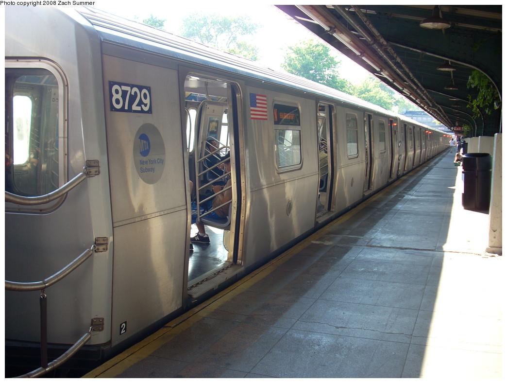 (240k, 1044x788)<br><b>Country:</b> United States<br><b>City:</b> New York<br><b>System:</b> New York City Transit<br><b>Line:</b> BMT Sea Beach Line<br><b>Location:</b> Fort Hamilton Parkway <br><b>Route:</b> N<br><b>Car:</b> R-160B (Kawasaki, 2005-2008)  8729 <br><b>Photo by:</b> Zach Summer<br><b>Date:</b> 7/16/2008<br><b>Viewed (this week/total):</b> 0 / 1369