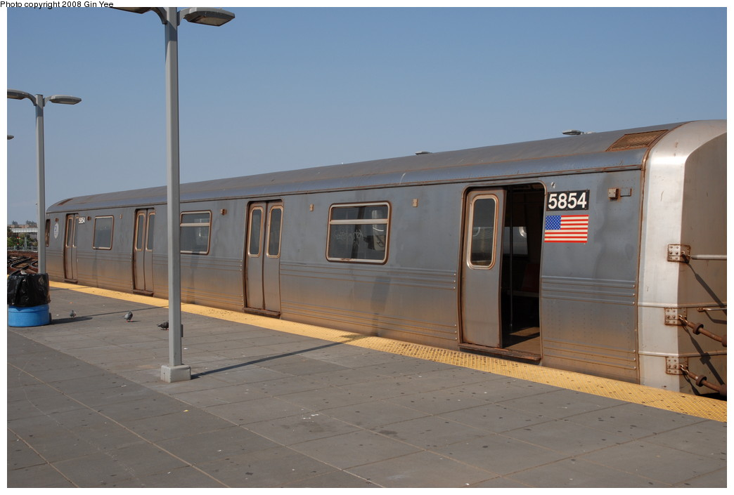 (161k, 1044x705)<br><b>Country:</b> United States<br><b>City:</b> New York<br><b>System:</b> New York City Transit<br><b>Location:</b> Coney Island/Stillwell Avenue<br><b>Route:</b> F<br><b>Car:</b> R-46 (Pullman-Standard, 1974-75) 5854 <br><b>Photo by:</b> Gin Yee<br><b>Date:</b> 8/24/2008<br><b>Viewed (this week/total):</b> 0 / 1194