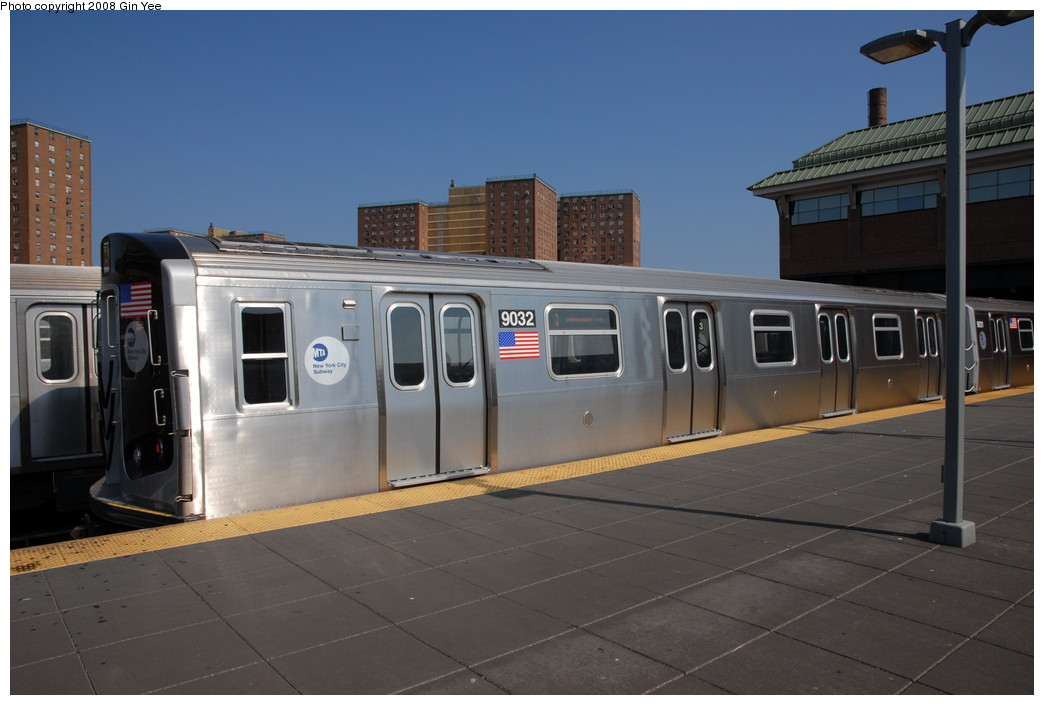 (180k, 1044x705)<br><b>Country:</b> United States<br><b>City:</b> New York<br><b>System:</b> New York City Transit<br><b>Location:</b> Coney Island/Stillwell Avenue<br><b>Route:</b> Q<br><b>Car:</b> R-160B (Option 1) (Kawasaki, 2008-2009) 9032 <br><b>Photo by:</b> Gin Yee<br><b>Date:</b> 8/24/2008<br><b>Viewed (this week/total):</b> 1 / 3017