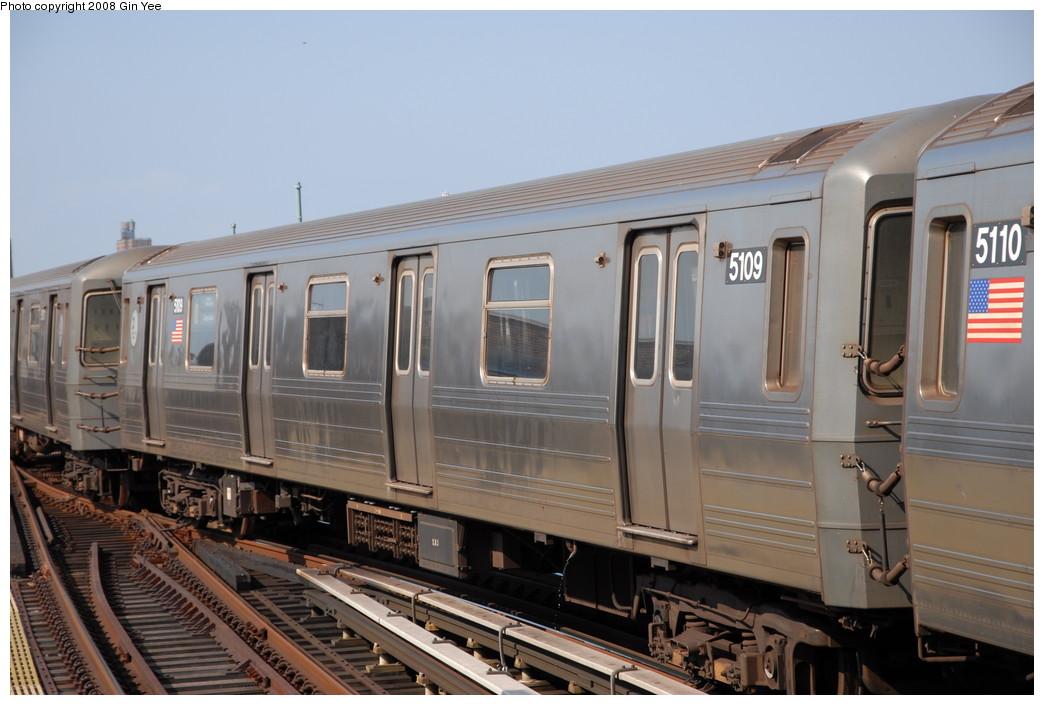 (203k, 1044x705)<br><b>Country:</b> United States<br><b>City:</b> New York<br><b>System:</b> New York City Transit<br><b>Location:</b> Coney Island/Stillwell Avenue<br><b>Route:</b> N<br><b>Car:</b> R-68A (Kawasaki, 1988-1989)  5109 <br><b>Photo by:</b> Gin Yee<br><b>Date:</b> 8/24/2008<br><b>Viewed (this week/total):</b> 1 / 1517