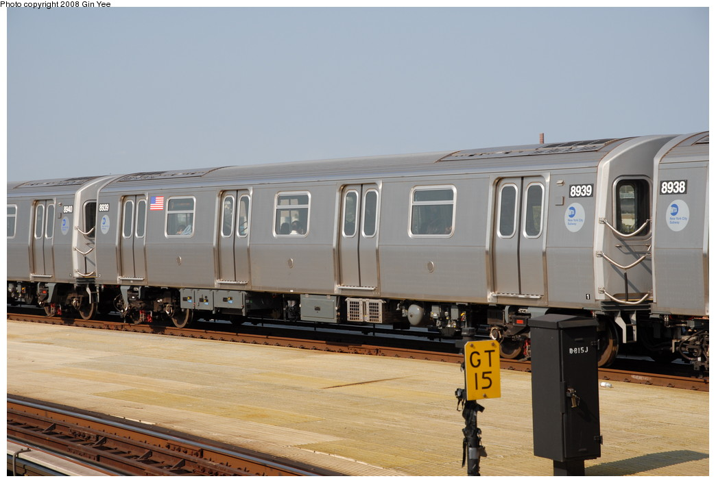 (191k, 1044x705)<br><b>Country:</b> United States<br><b>City:</b> New York<br><b>System:</b> New York City Transit<br><b>Location:</b> Coney Island/Stillwell Avenue<br><b>Route:</b> N<br><b>Car:</b> R-160B (Kawasaki, 2005-2008)  8939 <br><b>Photo by:</b> Gin Yee<br><b>Date:</b> 8/24/2008<br><b>Viewed (this week/total):</b> 1 / 1296