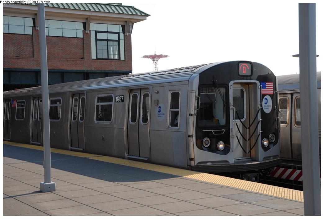 (193k, 1044x705)<br><b>Country:</b> United States<br><b>City:</b> New York<br><b>System:</b> New York City Transit<br><b>Location:</b> Coney Island/Stillwell Avenue<br><b>Route:</b> Q<br><b>Car:</b> R-160B (Kawasaki, 2005-2008)  8937 <br><b>Photo by:</b> Gin Yee<br><b>Date:</b> 8/24/2008<br><b>Viewed (this week/total):</b> 2 / 1676