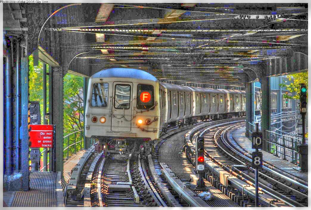(715k, 1044x705)<br><b>Country:</b> United States<br><b>City:</b> New York<br><b>System:</b> New York City Transit<br><b>Line:</b> BMT Culver Line<br><b>Location:</b> West 8th Street <br><b>Route:</b> F<br><b>Car:</b> R-46 (Pullman-Standard, 1974-75)  <br><b>Photo by:</b> Gin Yee<br><b>Date:</b> 8/24/2008<br><b>Viewed (this week/total):</b> 1 / 2344