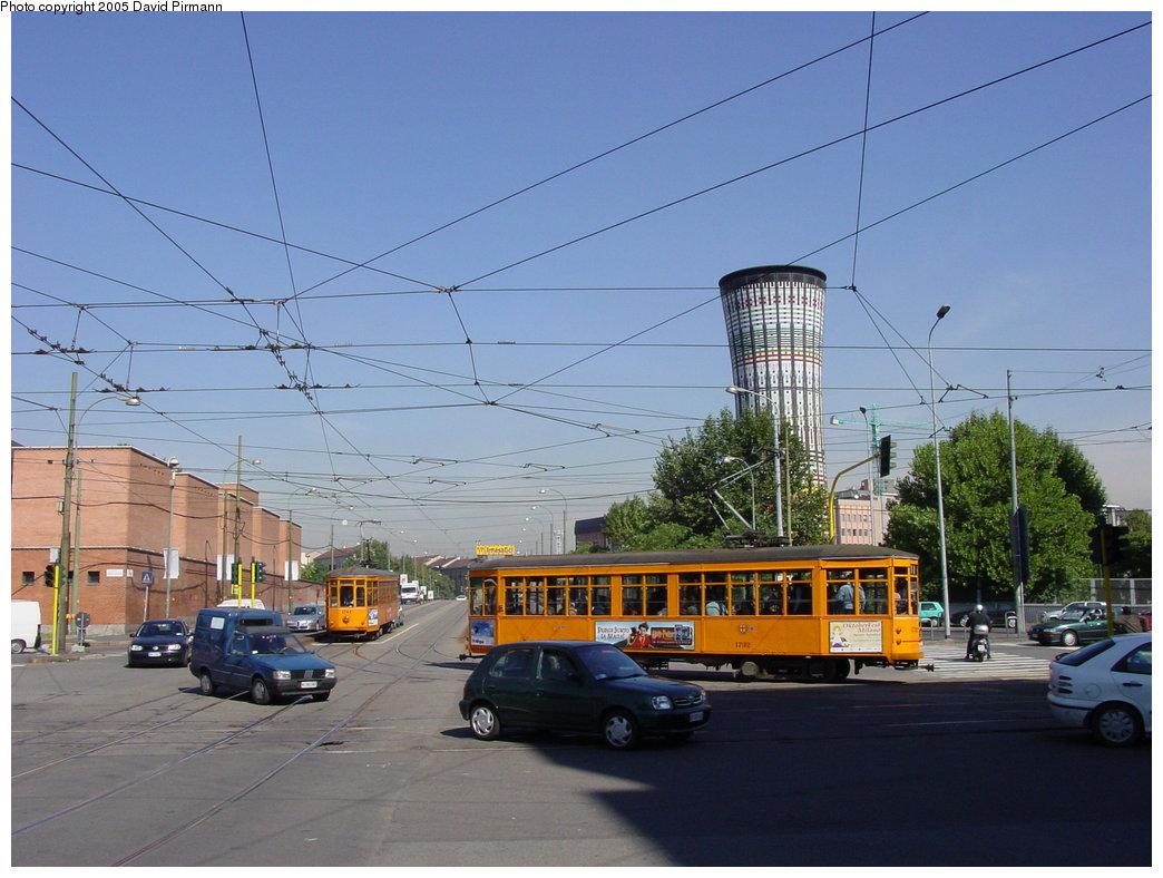 (166k, 1044x788)<br><b>Country:</b> Italy<br><b>City:</b> Milan<br><b>System:</b> Azienda Trasporti Milanesi (ATM)<br><b>Location:</b> Farini/Ferrari <br><b>Car:</b> Milan Milano/Peter Witt (1927-1930)  1732 <br><b>Photo by:</b> David Pirmann<br><b>Date:</b> 9/26/2002<br><b>Viewed (this week/total):</b> 1 / 2305