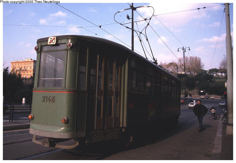 (88k, 820x567)<br><b>Country:</b> Italy<br><b>City:</b> Rome<br><b>System:</b> ATAC <br><b>Location:</b> Via Celio Vibenna (Colosseo) <br><b>Car:</b> Rome MRS Tram 2143 <br><b>Photo by:</b> Theo Neutelings<br><b>Date:</b> 12/24/1988<br><b>Viewed (this week/total):</b> 0 / 1488
