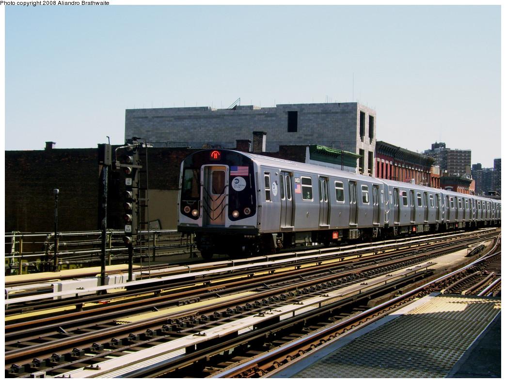 (309k, 1044x791)<br><b>Country:</b> United States<br><b>City:</b> New York<br><b>System:</b> New York City Transit<br><b>Line:</b> BMT Nassau Street/Jamaica Line<br><b>Location:</b> Marcy Avenue <br><b>Route:</b> M<br><b>Car:</b> R-160A-1 (Alstom, 2005-2008, 4 car sets)  8453 <br><b>Photo by:</b> Aliandro Brathwaite<br><b>Date:</b> 8/20/2008<br><b>Viewed (this week/total):</b> 0 / 1407