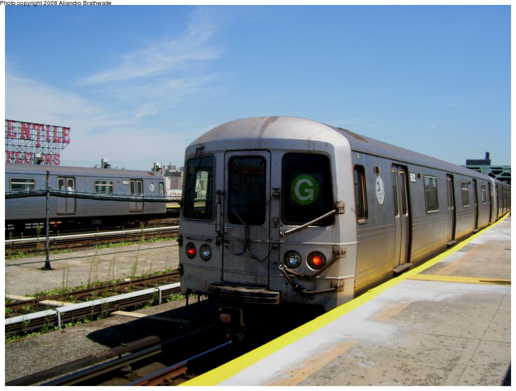 (232k, 1044x791)<br><b>Country:</b> United States<br><b>City:</b> New York<br><b>System:</b> New York City Transit<br><b>Line:</b> IND Crosstown Line<br><b>Location:</b> Smith/9th Street <br><b>Route:</b> G<br><b>Car:</b> R-46 (Pullman-Standard, 1974-75) 5612 <br><b>Photo by:</b> Aliandro Brathwaite<br><b>Date:</b> 8/20/2008<br><b>Viewed (this week/total):</b> 0 / 1392