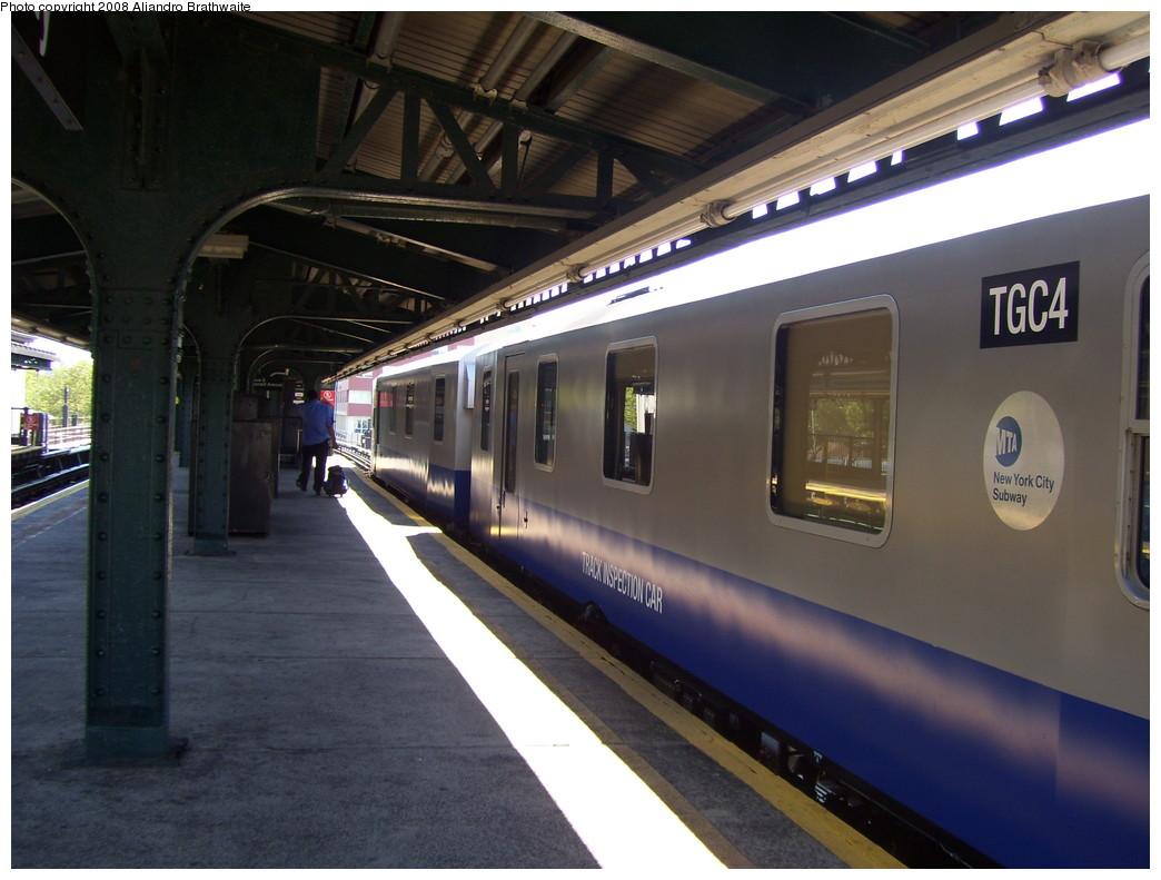 (200k, 1044x791)<br><b>Country:</b> United States<br><b>City:</b> New York<br><b>System:</b> New York City Transit<br><b>Line:</b> BMT Culver Line<br><b>Location:</b> Kings Highway <br><b>Route:</b> Work Service<br><b>Car:</b> Track Geometry Car TGC4 <br><b>Photo by:</b> Aliandro Brathwaite<br><b>Date:</b> 8/20/2008<br><b>Viewed (this week/total):</b> 1 / 1630