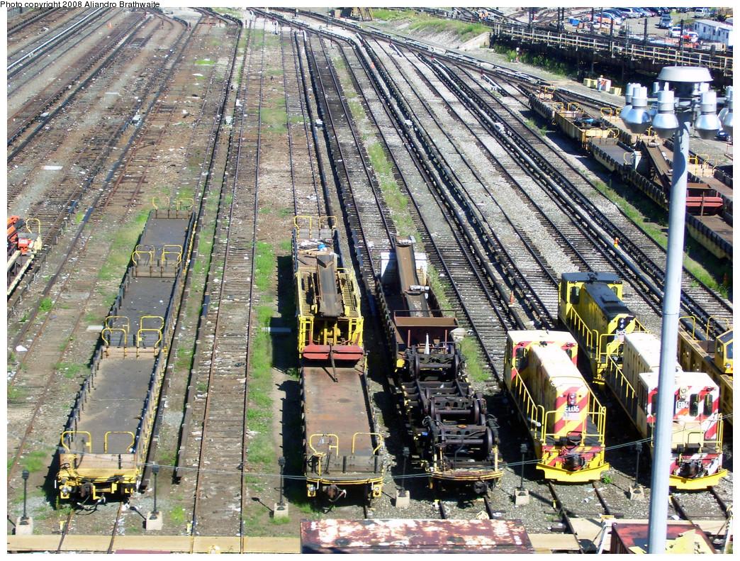 (493k, 1044x791)<br><b>Country:</b> United States<br><b>City:</b> New York<br><b>System:</b> New York City Transit<br><b>Location:</b> Westchester Yard<br><b>Photo by:</b> Aliandro Brathwaite<br><b>Date:</b> 8/20/2008<br><b>Viewed (this week/total):</b> 0 / 1360