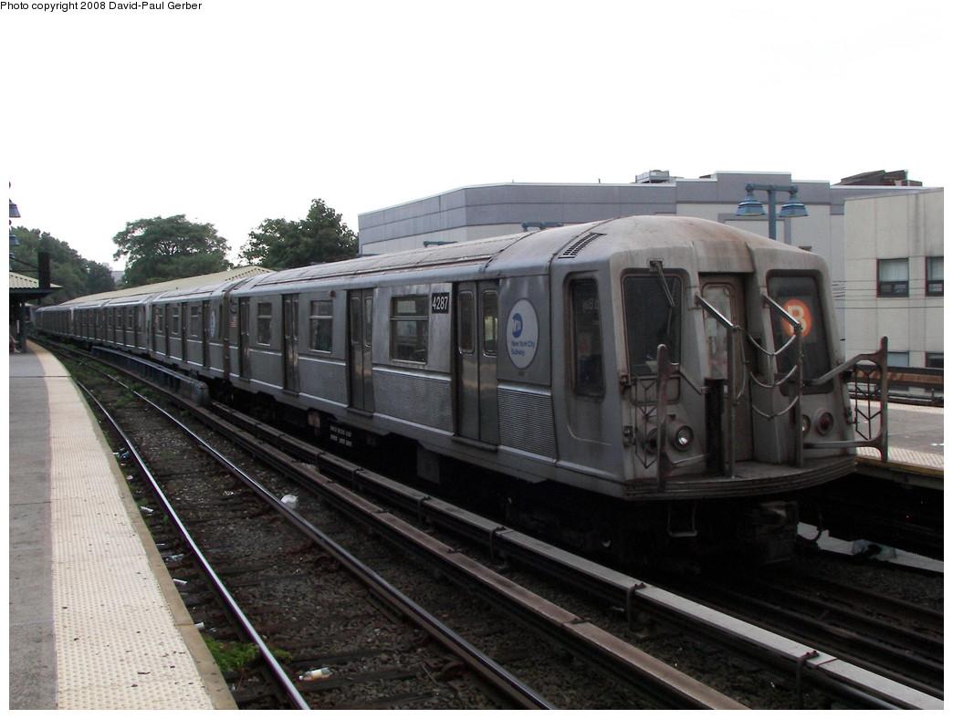 (236k, 1044x788)<br><b>Country:</b> United States<br><b>City:</b> New York<br><b>System:</b> New York City Transit<br><b>Line:</b> BMT Brighton Line<br><b>Location:</b> Sheepshead Bay <br><b>Route:</b> B<br><b>Car:</b> R-40 (St. Louis, 1968)  4287 <br><b>Photo by:</b> David-Paul Gerber<br><b>Date:</b> 7/3/2008<br><b>Viewed (this week/total):</b> 1 / 1116