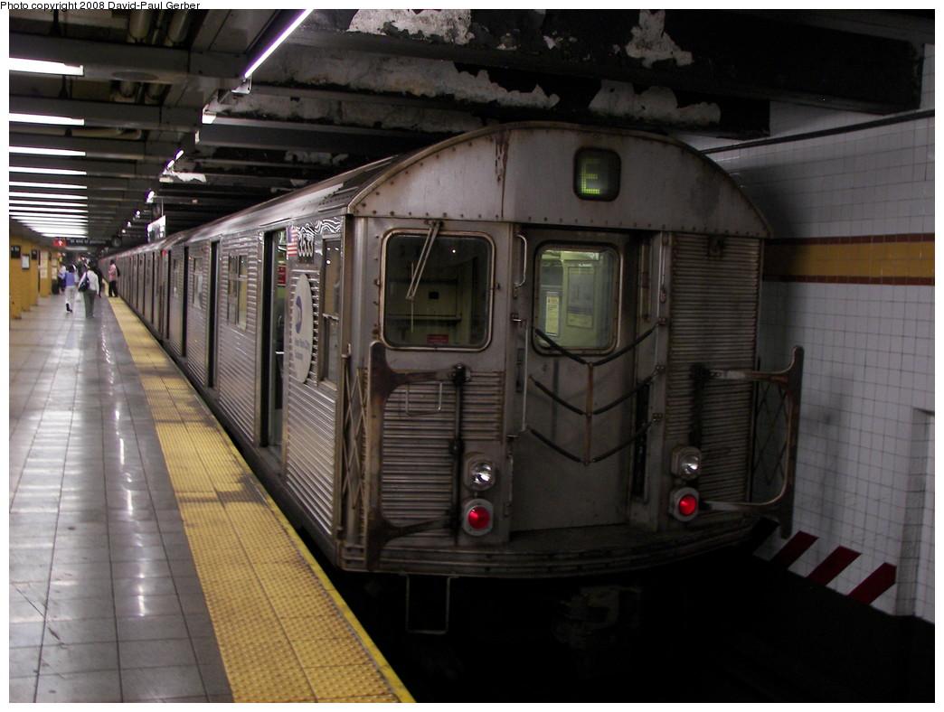 (248k, 1044x788)<br><b>Country:</b> United States<br><b>City:</b> New York<br><b>System:</b> New York City Transit<br><b>Line:</b> IND 8th Avenue Line<br><b>Location:</b> 14th Street <br><b>Route:</b> E<br><b>Car:</b> R-32 (Budd, 1964)  3533 <br><b>Photo by:</b> David-Paul Gerber<br><b>Date:</b> 8/26/2008<br><b>Viewed (this week/total):</b> 6 / 1520