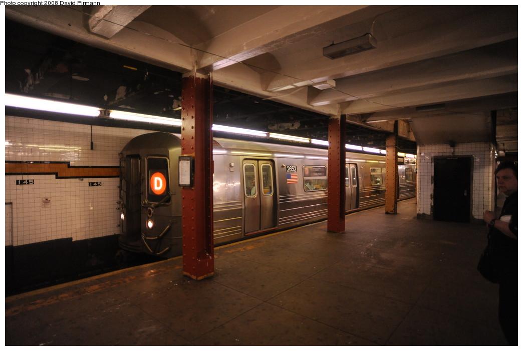 (217k, 1044x701)<br><b>Country:</b> United States<br><b>City:</b> New York<br><b>System:</b> New York City Transit<br><b>Line:</b> IND Concourse Line<br><b>Location:</b> 145th Street <br><b>Route:</b> D<br><b>Car:</b> R-68 (Westinghouse-Amrail, 1986-1988)  2652 <br><b>Photo by:</b> David Pirmann<br><b>Date:</b> 8/27/2008<br><b>Viewed (this week/total):</b> 0 / 1616