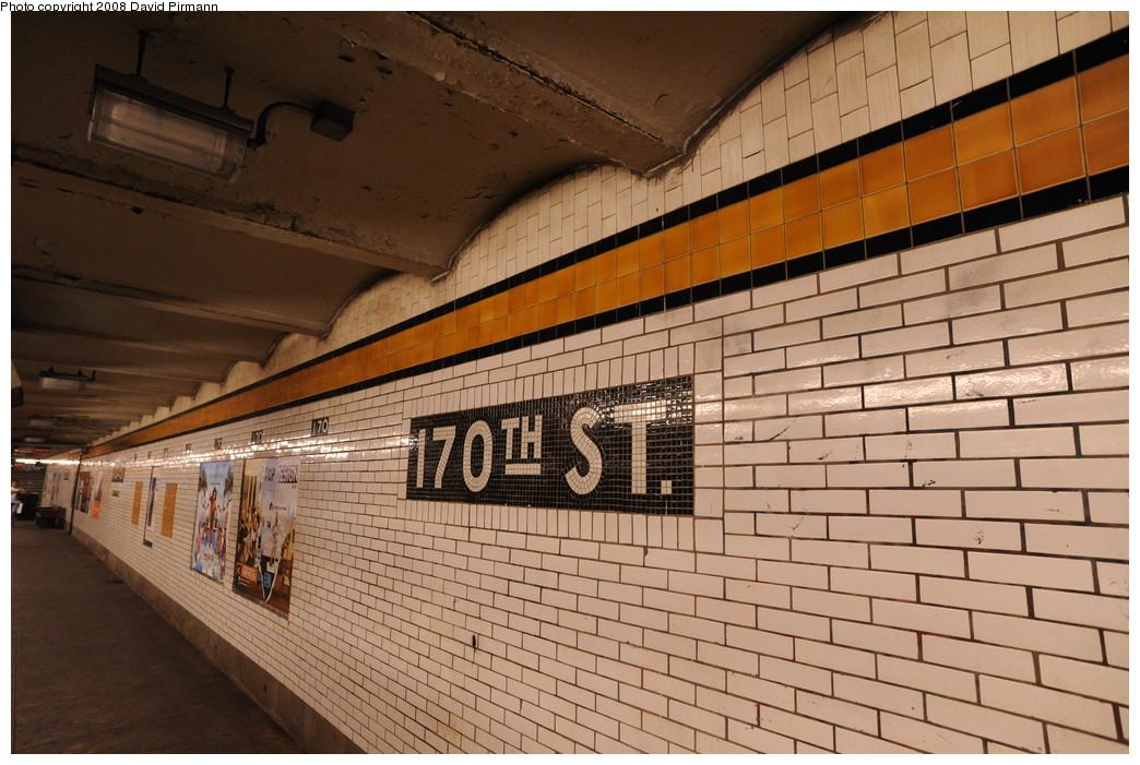 (274k, 1044x701)<br><b>Country:</b> United States<br><b>City:</b> New York<br><b>System:</b> New York City Transit<br><b>Line:</b> IND Concourse Line<br><b>Location:</b> 170th Street <br><b>Photo by:</b> David Pirmann<br><b>Date:</b> 8/27/2008<br><b>Viewed (this week/total):</b> 0 / 1577