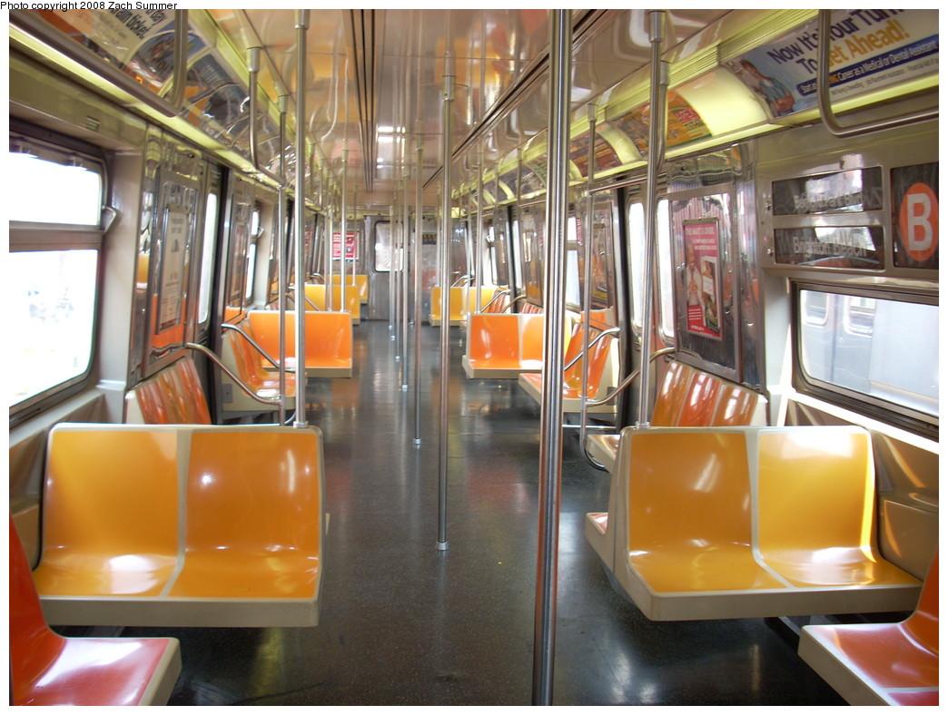 (264k, 1044x788)<br><b>Country:</b> United States<br><b>City:</b> New York<br><b>System:</b> New York City Transit<br><b>Route:</b> B<br><b>Car:</b> R-68 (Westinghouse-Amrail, 1986-1988)  2880 <br><b>Photo by:</b> Zach Summer<br><b>Date:</b> 7/17/2008<br><b>Viewed (this week/total):</b> 0 / 1239