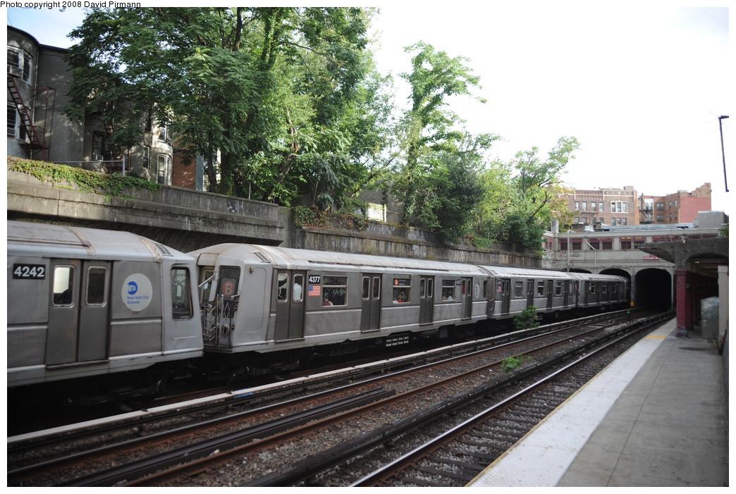 (302k, 1044x701)<br><b>Country:</b> United States<br><b>City:</b> New York<br><b>System:</b> New York City Transit<br><b>Line:</b> BMT Brighton Line<br><b>Location:</b> Parkside Avenue <br><b>Route:</b> B<br><b>Car:</b> R-40 (St. Louis, 1968)  4377 <br><b>Photo by:</b> David Pirmann<br><b>Date:</b> 8/27/2008<br><b>Viewed (this week/total):</b> 0 / 1456