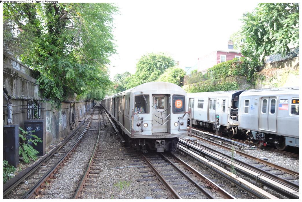 (375k, 1044x701)<br><b>Country:</b> United States<br><b>City:</b> New York<br><b>System:</b> New York City Transit<br><b>Line:</b> BMT Brighton Line<br><b>Location:</b> Newkirk Plaza (fmrly Newkirk Ave.) <br><b>Route:</b> B<br><b>Car:</b> R-40M (St. Louis, 1969)  4468 <br><b>Photo by:</b> David Pirmann<br><b>Date:</b> 8/27/2008<br><b>Viewed (this week/total):</b> 0 / 1880