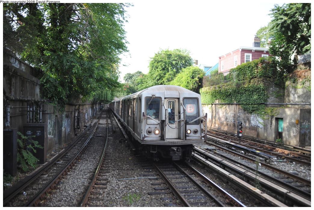 (343k, 1044x701)<br><b>Country:</b> United States<br><b>City:</b> New York<br><b>System:</b> New York City Transit<br><b>Line:</b> BMT Brighton Line<br><b>Location:</b> Newkirk Plaza (fmrly Newkirk Ave.) <br><b>Route:</b> B<br><b>Car:</b> R-40 (St. Louis, 1968)  4303 <br><b>Photo by:</b> David Pirmann<br><b>Date:</b> 8/27/2008<br><b>Viewed (this week/total):</b> 0 / 1427