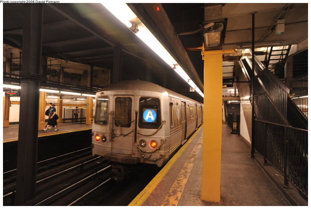 (247k, 1044x701)<br><b>Country:</b> United States<br><b>City:</b> New York<br><b>System:</b> New York City Transit<br><b>Line:</b> IND 8th Avenue Line<br><b>Location:</b> 145th Street <br><b>Route:</b> A<br><b>Car:</b> R-44 (St. Louis, 1971-73) 5468 <br><b>Photo by:</b> David Pirmann<br><b>Date:</b> 8/27/2008<br><b>Viewed (this week/total):</b> 0 / 2293