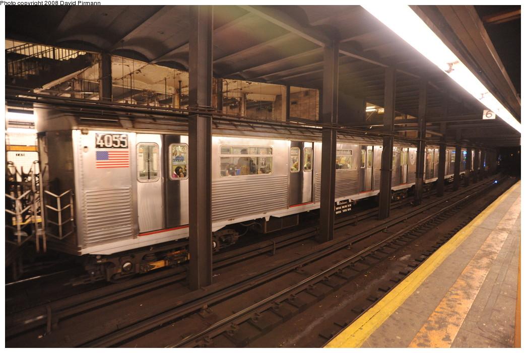 (259k, 1044x701)<br><b>Country:</b> United States<br><b>City:</b> New York<br><b>System:</b> New York City Transit<br><b>Line:</b> IND 8th Avenue Line<br><b>Location:</b> 145th Street <br><b>Route:</b> A<br><b>Car:</b> R-38 (St. Louis, 1966-1967)  4055 <br><b>Photo by:</b> David Pirmann<br><b>Date:</b> 8/27/2008<br><b>Viewed (this week/total):</b> 1 / 2113