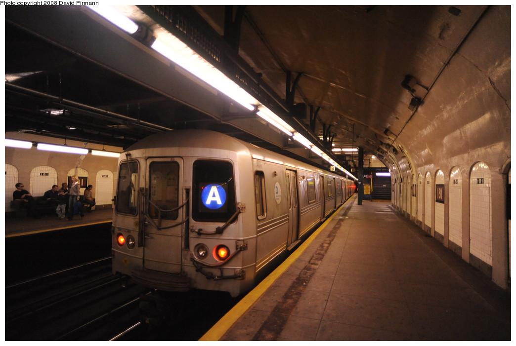 (224k, 1044x701)<br><b>Country:</b> United States<br><b>City:</b> New York<br><b>System:</b> New York City Transit<br><b>Line:</b> IND 8th Avenue Line<br><b>Location:</b> 181st Street <br><b>Route:</b> A<br><b>Car:</b> R-44 (St. Louis, 1971-73) 5272 <br><b>Photo by:</b> David Pirmann<br><b>Date:</b> 8/27/2008<br><b>Viewed (this week/total):</b> 0 / 1890