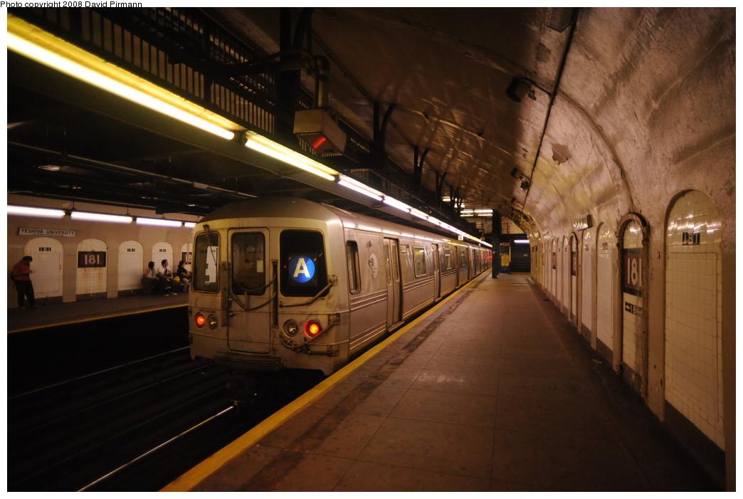 (233k, 1044x701)<br><b>Country:</b> United States<br><b>City:</b> New York<br><b>System:</b> New York City Transit<br><b>Line:</b> IND 8th Avenue Line<br><b>Location:</b> 181st Street <br><b>Route:</b> A<br><b>Car:</b> R-44 (St. Louis, 1971-73) 5320 <br><b>Photo by:</b> David Pirmann<br><b>Date:</b> 8/27/2008<br><b>Viewed (this week/total):</b> 1 / 1620