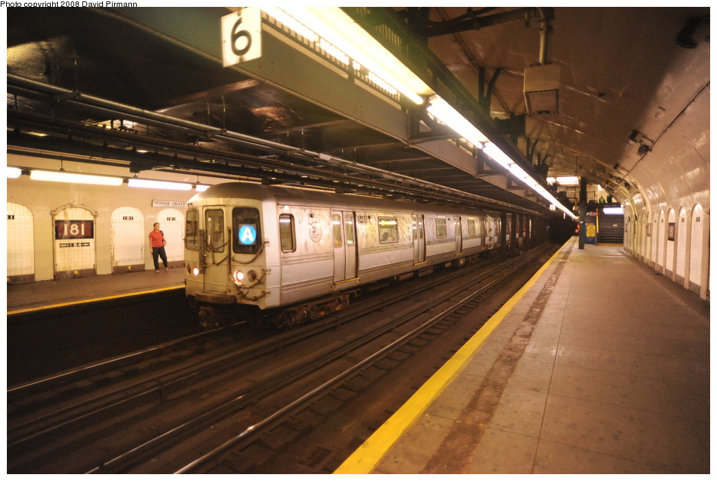 (251k, 1044x701)<br><b>Country:</b> United States<br><b>City:</b> New York<br><b>System:</b> New York City Transit<br><b>Line:</b> IND 8th Avenue Line<br><b>Location:</b> 181st Street<br><b>Route:</b> A<br><b>Car:</b> R-44 (St. Louis, 1971-73) 5468 <br><b>Photo by:</b> David Pirmann<br><b>Date:</b> 8/27/2008<br><b>Viewed (this week/total):</b> 0 / 2128