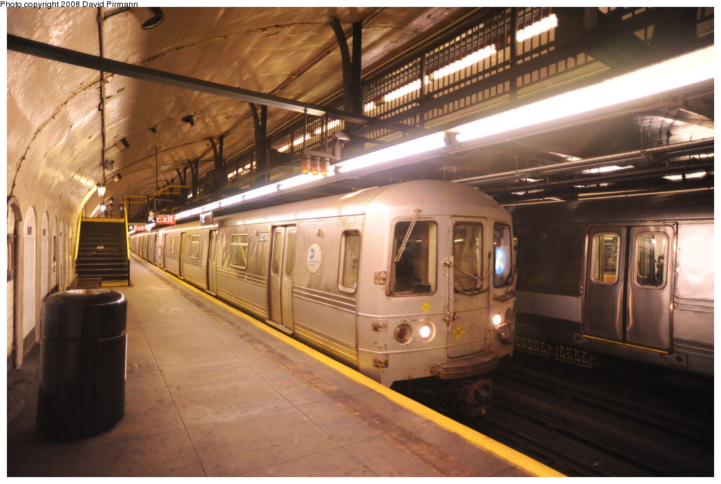 (261k, 1044x701)<br><b>Country:</b> United States<br><b>City:</b> New York<br><b>System:</b> New York City Transit<br><b>Line:</b> IND 8th Avenue Line<br><b>Location:</b> 181st Street <br><b>Route:</b> A<br><b>Car:</b> R-44 (St. Louis, 1971-73) 5278 <br><b>Photo by:</b> David Pirmann<br><b>Date:</b> 8/27/2008<br><b>Viewed (this week/total):</b> 0 / 1705