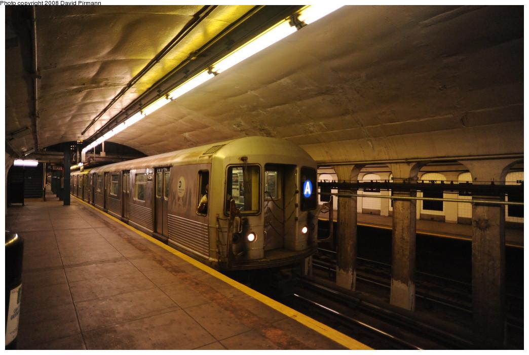 (238k, 1044x701)<br><b>Country:</b> United States<br><b>City:</b> New York<br><b>System:</b> New York City Transit<br><b>Line:</b> IND 8th Avenue Line<br><b>Location:</b> 190th Street/Overlook Terrace <br><b>Route:</b> A<br><b>Car:</b> R-42 (St. Louis, 1969-1970)  4564 <br><b>Photo by:</b> David Pirmann<br><b>Date:</b> 8/27/2008<br><b>Viewed (this week/total):</b> 0 / 2516