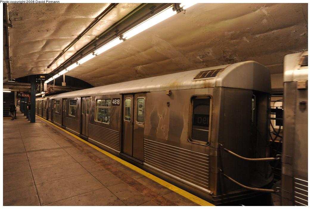 (257k, 1044x701)<br><b>Country:</b> United States<br><b>City:</b> New York<br><b>System:</b> New York City Transit<br><b>Line:</b> IND 8th Avenue Line<br><b>Location:</b> 190th Street/Overlook Terrace <br><b>Route:</b> A<br><b>Car:</b> R-42 (St. Louis, 1969-1970)  4618 <br><b>Photo by:</b> David Pirmann<br><b>Date:</b> 8/27/2008<br><b>Viewed (this week/total):</b> 0 / 964