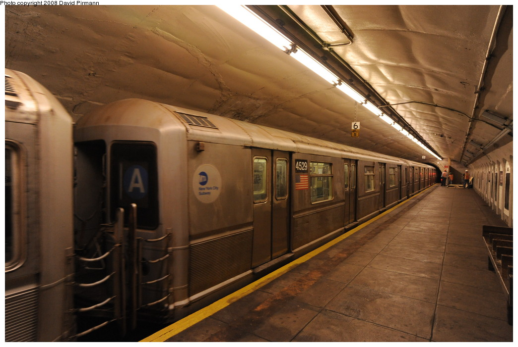 (244k, 1044x701)<br><b>Country:</b> United States<br><b>City:</b> New York<br><b>System:</b> New York City Transit<br><b>Line:</b> IND 8th Avenue Line<br><b>Location:</b> 190th Street/Overlook Terrace <br><b>Route:</b> A<br><b>Car:</b> R-40M (St. Louis, 1969)  4529 <br><b>Photo by:</b> David Pirmann<br><b>Date:</b> 8/27/2008<br><b>Viewed (this week/total):</b> 2 / 1389