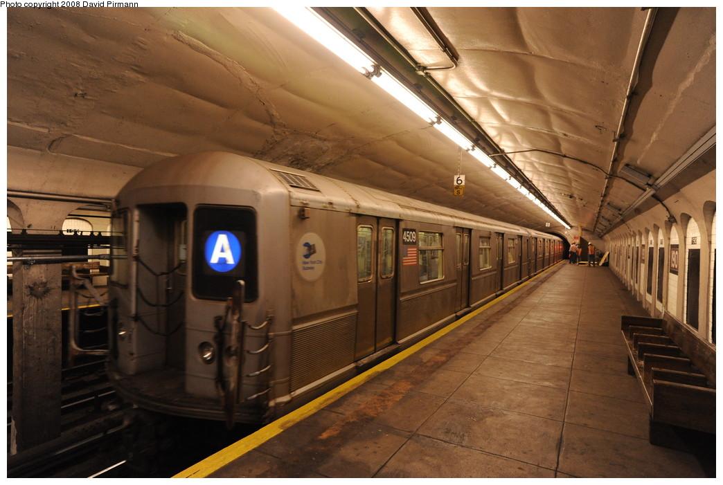 (251k, 1044x701)<br><b>Country:</b> United States<br><b>City:</b> New York<br><b>System:</b> New York City Transit<br><b>Line:</b> IND 8th Avenue Line<br><b>Location:</b> 190th Street/Overlook Terrace <br><b>Route:</b> A<br><b>Car:</b> R-40M (St. Louis, 1969)  4509 <br><b>Photo by:</b> David Pirmann<br><b>Date:</b> 8/27/2008<br><b>Viewed (this week/total):</b> 0 / 1541
