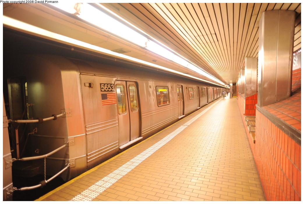 (269k, 1044x701)<br><b>Country:</b> United States<br><b>City:</b> New York<br><b>System:</b> New York City Transit<br><b>Line:</b> IND 63rd Street<br><b>Location:</b> Lexington Avenue-63rd Street <br><b>Route:</b> F<br><b>Car:</b> R-46 (Pullman-Standard, 1974-75) 5653 <br><b>Photo by:</b> David Pirmann<br><b>Date:</b> 8/27/2008<br><b>Viewed (this week/total):</b> 0 / 2015