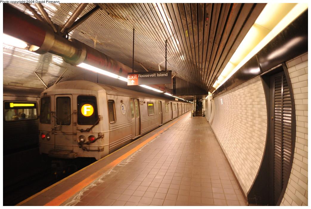 (282k, 1044x701)<br><b>Country:</b> United States<br><b>City:</b> New York<br><b>System:</b> New York City Transit<br><b>Line:</b> IND 63rd Street<br><b>Location:</b> Roosevelt Island <br><b>Route:</b> F<br><b>Car:</b> R-46 (Pullman-Standard, 1974-75) 5576 <br><b>Photo by:</b> David Pirmann<br><b>Date:</b> 8/27/2008<br><b>Viewed (this week/total):</b> 2 / 2327