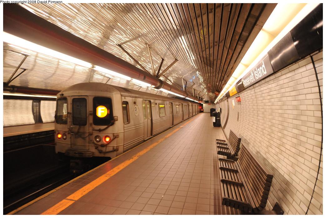 (307k, 1044x701)<br><b>Country:</b> United States<br><b>City:</b> New York<br><b>System:</b> New York City Transit<br><b>Line:</b> IND 63rd Street<br><b>Location:</b> Roosevelt Island <br><b>Route:</b> F<br><b>Car:</b> R-46 (Pullman-Standard, 1974-75) 5670 <br><b>Photo by:</b> David Pirmann<br><b>Date:</b> 8/27/2008<br><b>Viewed (this week/total):</b> 1 / 1909