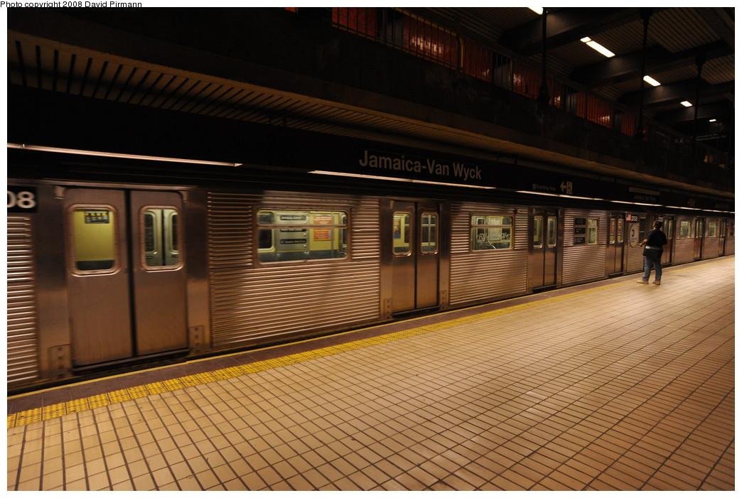 (266k, 1044x701)<br><b>Country:</b> United States<br><b>City:</b> New York<br><b>System:</b> New York City Transit<br><b>Line:</b> IND Queens Boulevard Line<br><b>Location:</b> Jamaica/Van Wyck <br><b>Route:</b> E<br><b>Car:</b> R-32 (Budd, 1964)  3708 <br><b>Photo by:</b> David Pirmann<br><b>Date:</b> 8/27/2008<br><b>Viewed (this week/total):</b> 3 / 1549