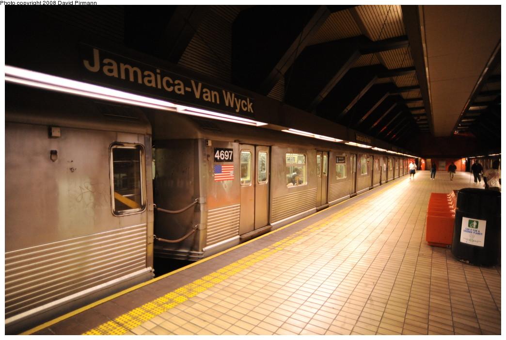 (249k, 1044x701)<br><b>Country:</b> United States<br><b>City:</b> New York<br><b>System:</b> New York City Transit<br><b>Line:</b> IND Queens Boulevard Line<br><b>Location:</b> Jamaica/Van Wyck <br><b>Route:</b> E<br><b>Car:</b> R-42 (St. Louis, 1969-1970)  4697 <br><b>Photo by:</b> David Pirmann<br><b>Date:</b> 8/27/2008<br><b>Viewed (this week/total):</b> 2 / 1639