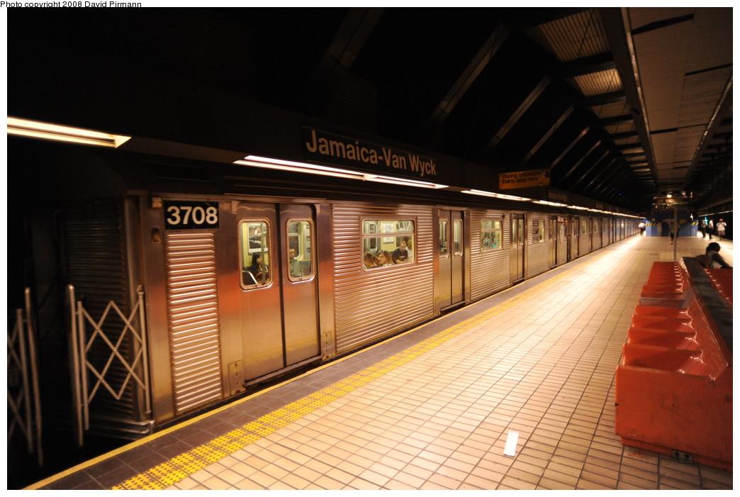 (251k, 1044x701)<br><b>Country:</b> United States<br><b>City:</b> New York<br><b>System:</b> New York City Transit<br><b>Line:</b> IND Queens Boulevard Line<br><b>Location:</b> Jamaica/Van Wyck <br><b>Route:</b> E<br><b>Car:</b> R-32 (Budd, 1964)  3708 <br><b>Photo by:</b> David Pirmann<br><b>Date:</b> 8/27/2008<br><b>Viewed (this week/total):</b> 0 / 1117