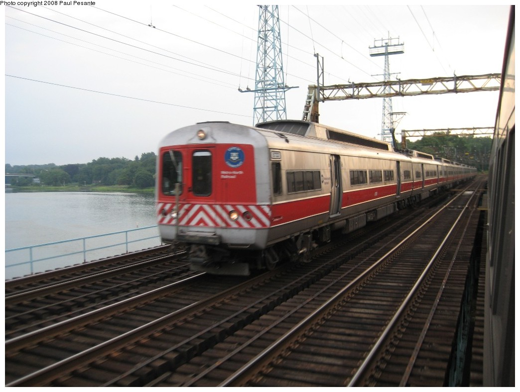 (173k, 1044x788)<br><b>Country:</b> United States<br><b>System:</b> Metro-North Railroad (or Amtrak or Predecessor RR)<br><b>Line:</b> Metro North-New Haven Line<br><b>Location:</b> Cos Cob <br><b>Car:</b> MNRR M-2 EMU (GE/Vickers) 8733/8732 <br><b>Photo by:</b> Paul Pesante<br><b>Date:</b> 8/14/2008<br><b>Notes:</b> With M-2 # 8733/32 on the west end, Train 1427 heads west towards GCT crossing the Mianus River (Cos Cob) Bridge (CP 230) at Cos Cob, CT on Track 1, seen from Train # 1508. Reminder, the photographer is a railroad employee and wants to remind everyone, do not enter restricted areas!<br><b>Viewed (this week/total):</b> 0 / 967