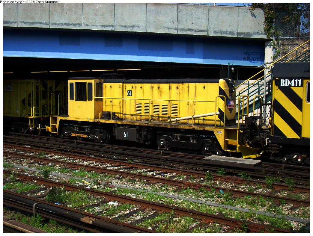 (386k, 1044x788)<br><b>Country:</b> United States<br><b>City:</b> New York<br><b>System:</b> New York City Transit<br><b>Line:</b> BMT Sea Beach Line<br><b>Location:</b> 86th Street <br><b>Route:</b> Work Service<br><b>Car:</b> R-43 Locomotive  61 <br><b>Photo by:</b> Zach Summer<br><b>Date:</b> 7/20/2008<br><b>Viewed (this week/total):</b> 0 / 1206