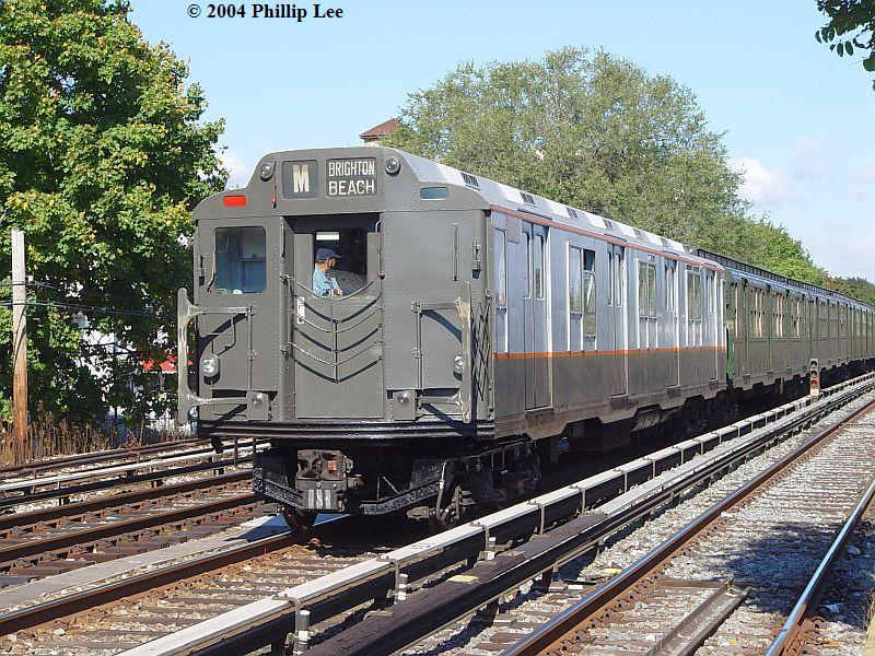 (160k, 800x600)<br><b>Country:</b> United States<br><b>City:</b> New York<br><b>System:</b> New York City Transit<br><b>Line:</b> BMT Brighton Line<br><b>Location:</b> Avenue U <br><b>Route:</b> Fan Trip<br><b>Car:</b> R-7A (Pullman, 1938)  1575 <br><b>Photo by:</b> Phillip Lee<br><b>Date:</b> 10/23/2004<br><b>Viewed (this week/total):</b> 0 / 1567